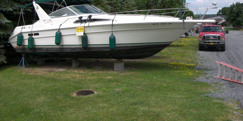 1990 Sea Ray 310   $20,000